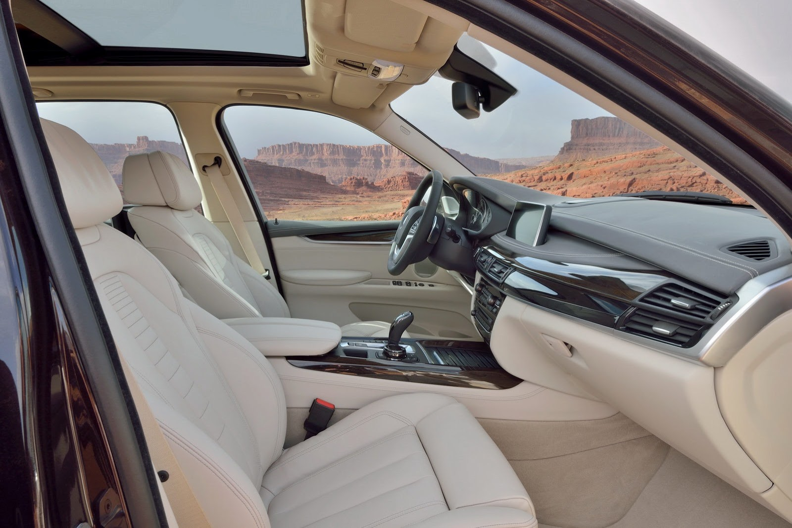 2014 BMW X5 2 2014 BMW X5 Features and details
