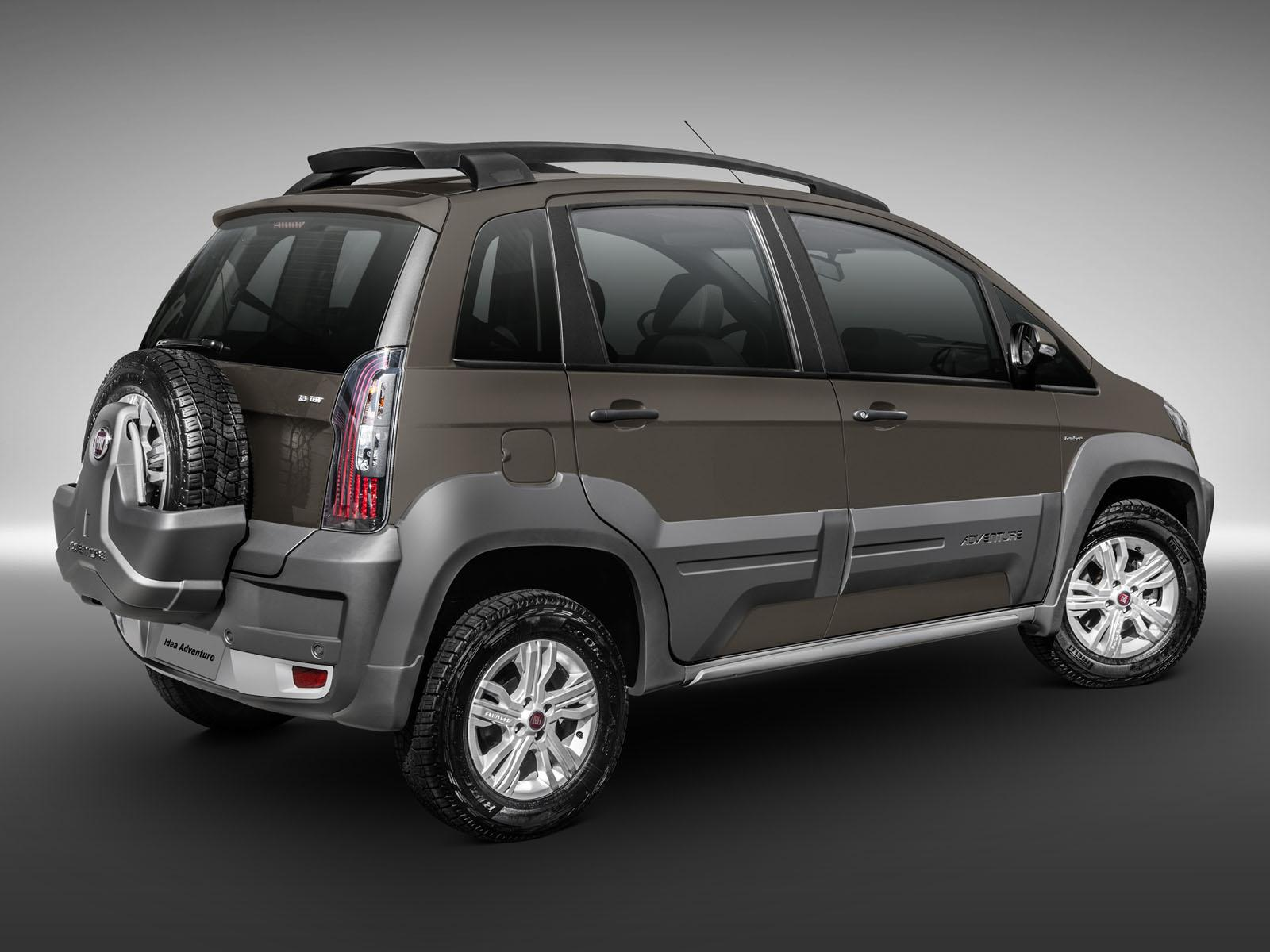 Fiat revamps the 2014 idea 2014 fiat idea adventure 3 for Paragolpe delantero fiat idea adventure