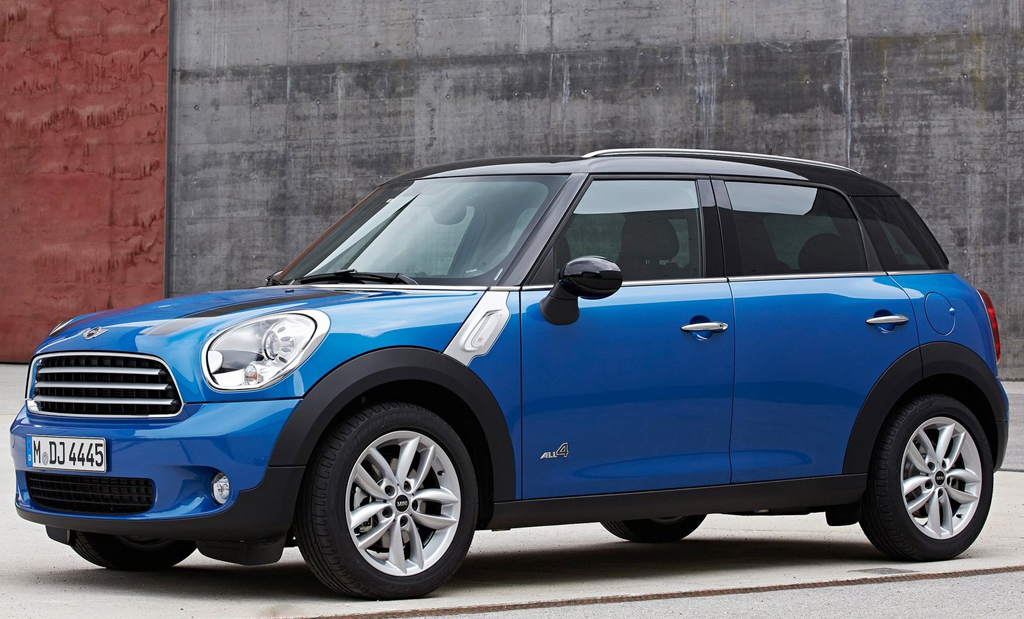 2014 Mini Countryman Cooper ALL4 2 Exciting Countryman model of 2014 Mini Cooper with ALL4