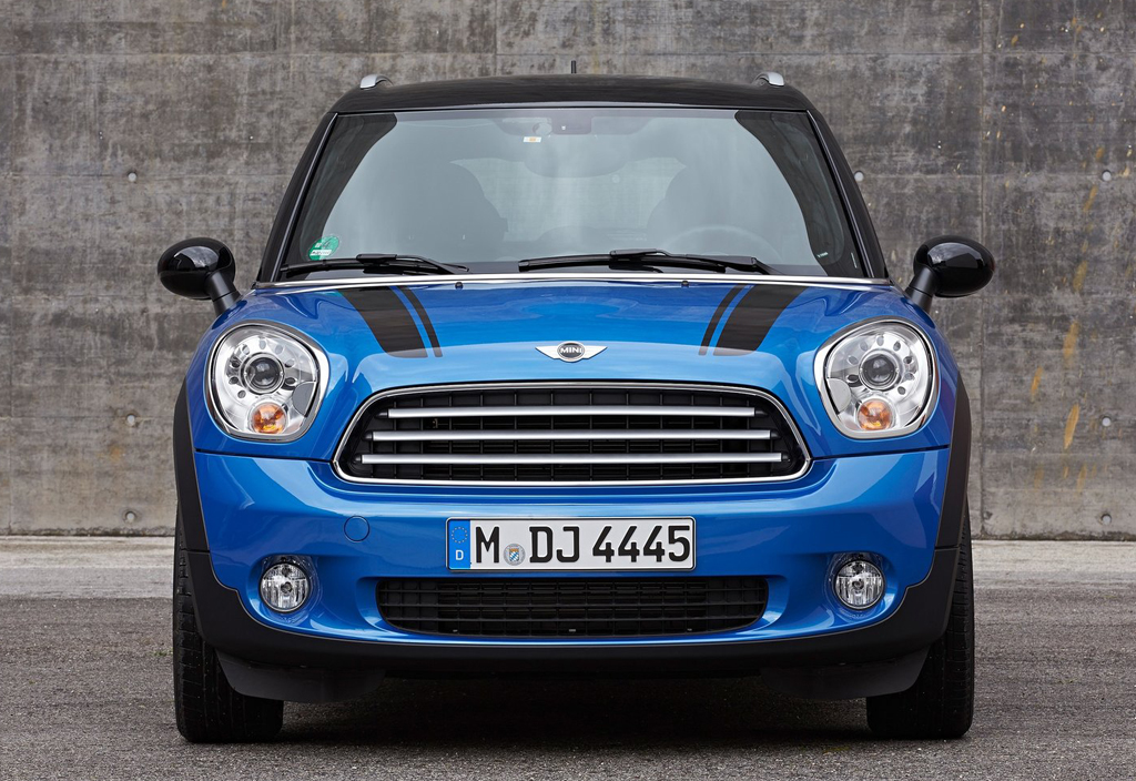 exciting countryman model of 2014 mini cooper with all4. Black Bedroom Furniture Sets. Home Design Ideas
