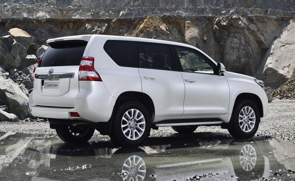 2013 Toyota Land Cruiser Prado 17 2014 Toyota Land Cruiser Prado photos and details