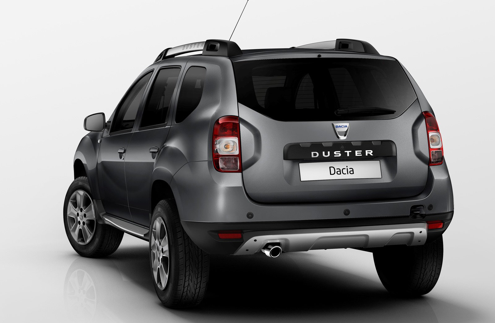 dacia duster suv 2014 receives mild restyling. Black Bedroom Furniture Sets. Home Design Ideas