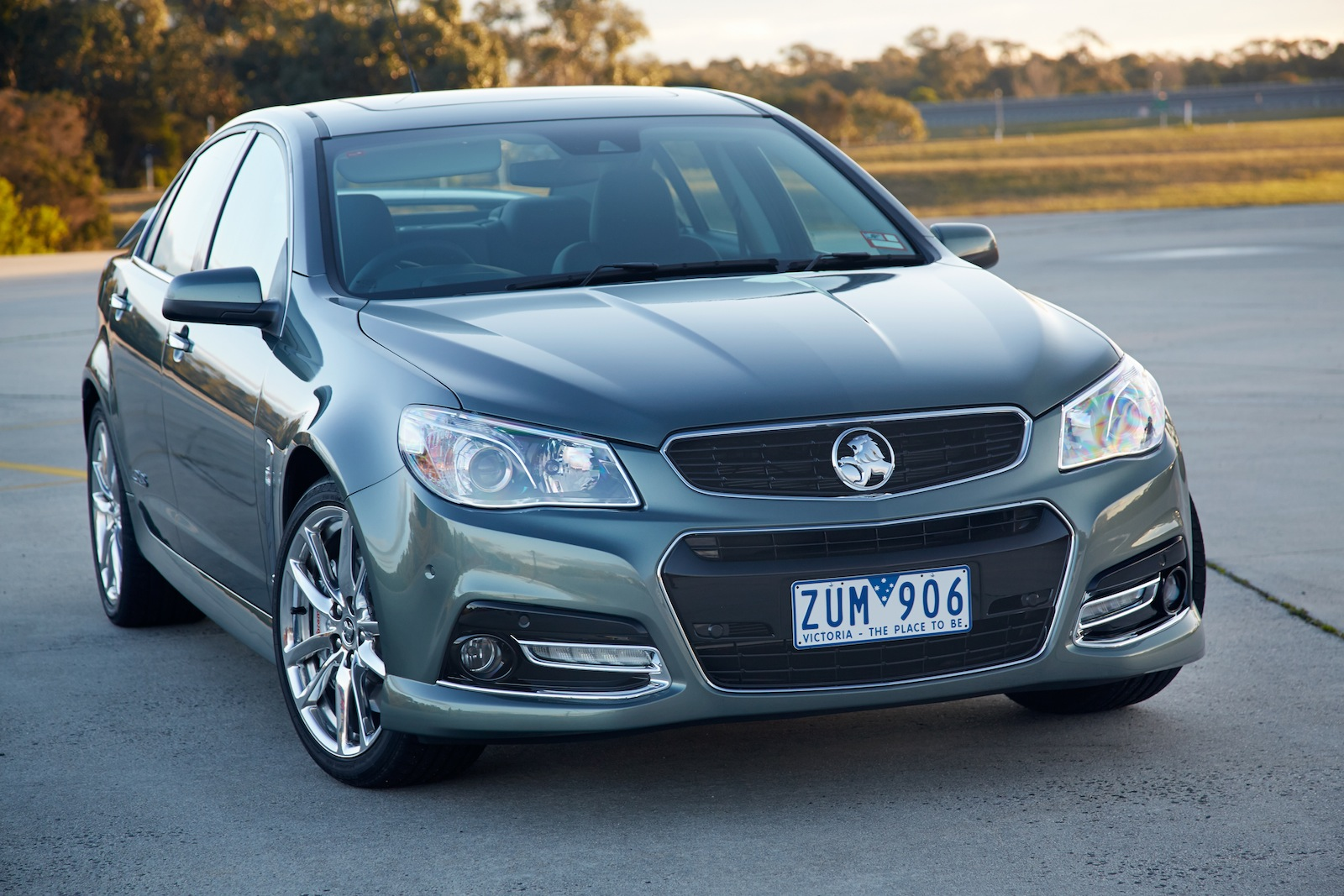 2014 Holden VF Commodore Ute SSV Redline | machinespider.com