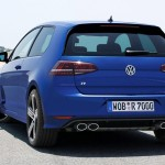 2014 Volkswagen Golf R  (2)