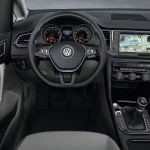 2014 VW Golf Sportsvan Concept  (10)