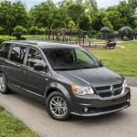 Dodge Grand caravan 30th Anniversary edition photos  (1)