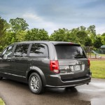 Dodge Grand caravan 30th Anniversary edition photos  (10)