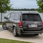 Dodge Grand caravan 30th Anniversary edition photos  (13)