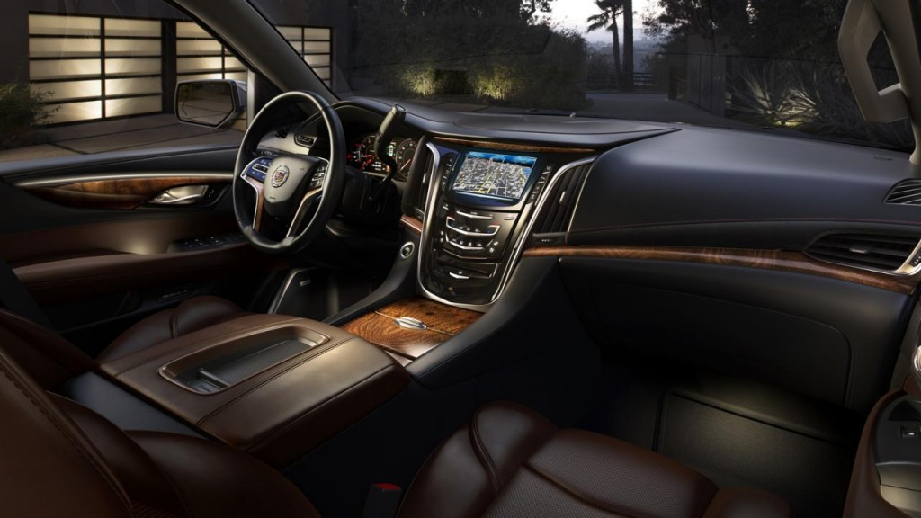2015 Cadillac Escalade photos 12 1024x576 2015 Cadillac Escalade SUV features and photos