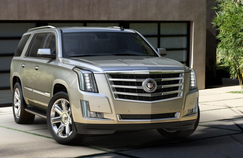 2015 Cadillac Escalade photos 7 1024x665 2015 Cadillac Escalade SUV features and photos