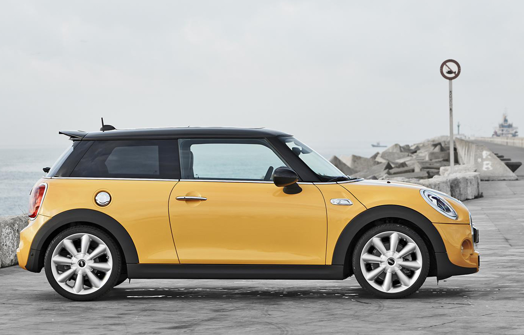 2014 Mini Cooper S 5 2014 Mini Cooper S details and photos