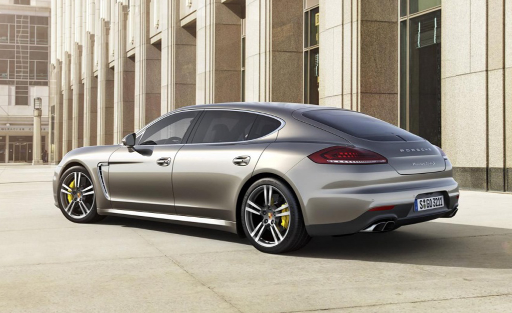 2014 Porsche Panamera Turbo S facelift 2 2014 Porsche Panamera Turbo S facelift unveiled