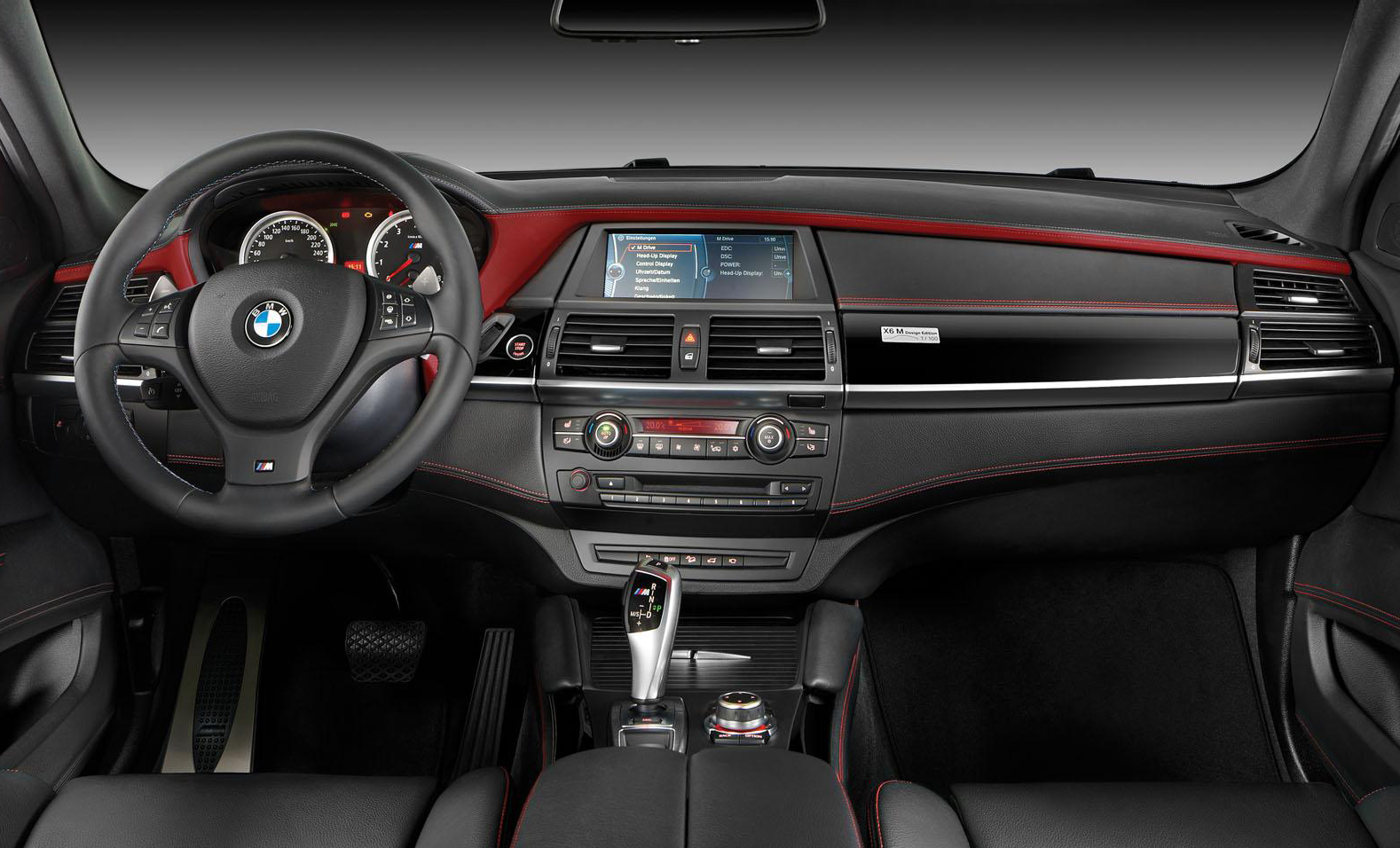 BMW X6 M Design Edition Interior 2 2014 BMW X6 M Design