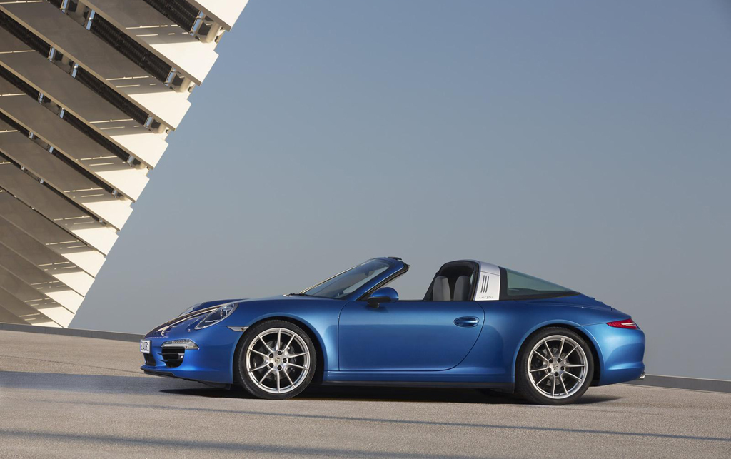2014 Porsche 911 Targa 4 and Targa 4S 3 2014 Porsche 911 Targa 4 and Targa 4S officially revealed