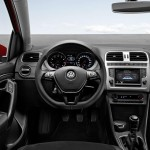 2014 Volkwagen Polo Interior (2)