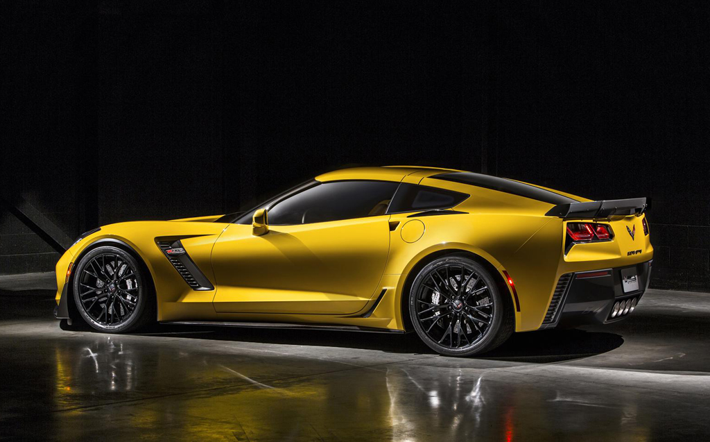 2015 Chevrolet Corvette Z06 6 2015 Chevrolet Corvette Z06 revealed with 625 bhp power