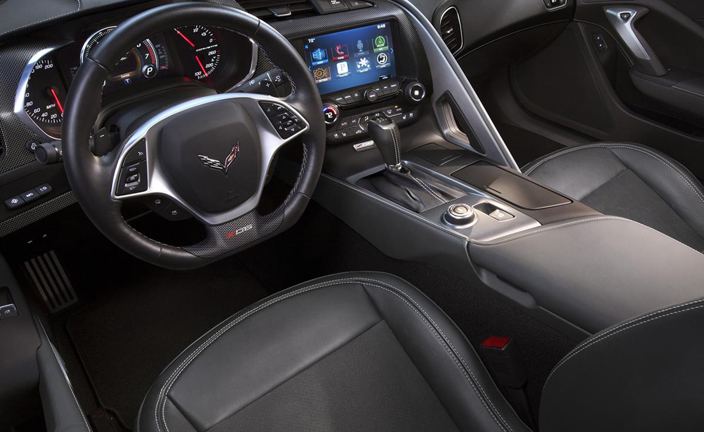 2015 Chevrolet Corvette Z06 Interior 2 2015 Chevrolet Corvette Z06 revealed with 625 bhp power