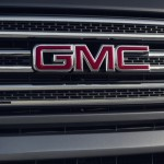 2015 GMC Canyon All Terrain with Body-Color Grille