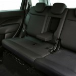 2014 Fiat 500L Beats Edition Interior (3)