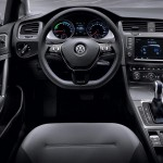 2014 Volkswagen e-Golf Interior (2)