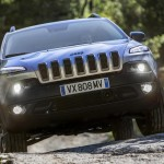 2015 Jeep Cherokee European Version (4)
