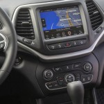 2015 Jeep Cherokee European Version Interior (2)
