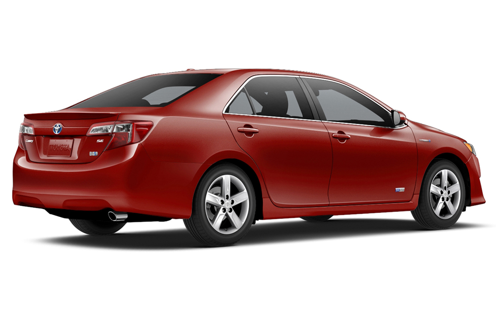 2015 toyota camry hybrid se limited edition announced. Black Bedroom Furniture Sets. Home Design Ideas
