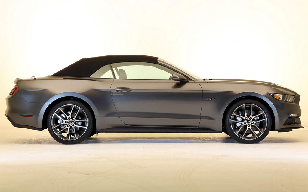 all new 2015 ford mustang convertible. Black Bedroom Furniture Sets. Home Design Ideas