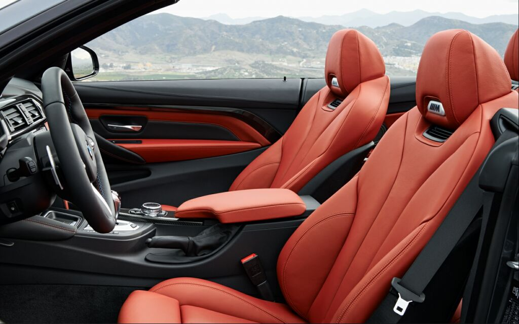 2015 BMW M4 Convertible Interior 1 2015 BMW M4 Convertible details and photos