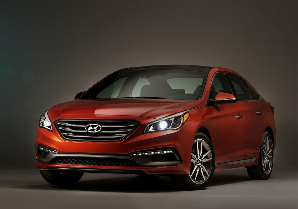 2015 hyundai sonata features and images. Black Bedroom Furniture Sets. Home Design Ideas