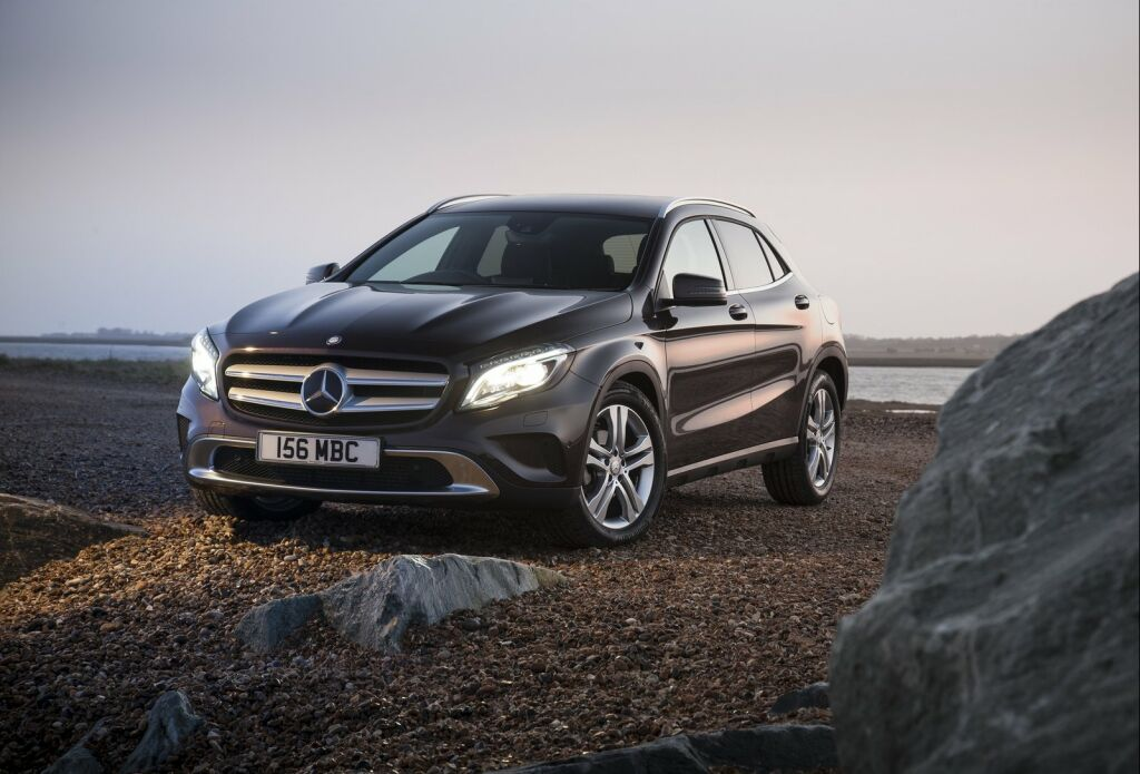 2015 Mercedes Benz GLA UK Version 1 2015 Mercedes Benz GLA UK Version