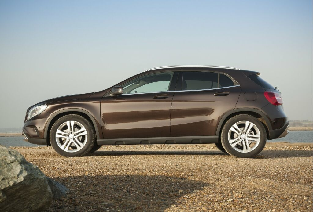 2015 mercedes benz gla uk version for Mercedes benz 2015 gla