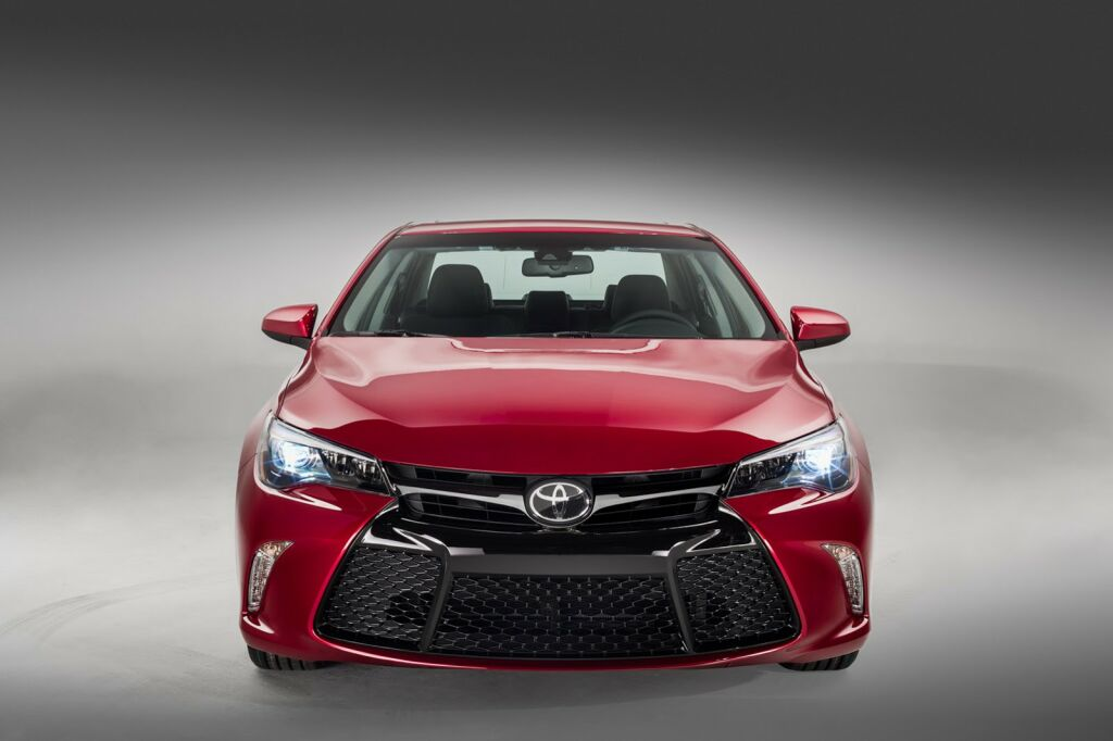 2015 Toyota Camry 1 2015 Toyota Camry details and photos