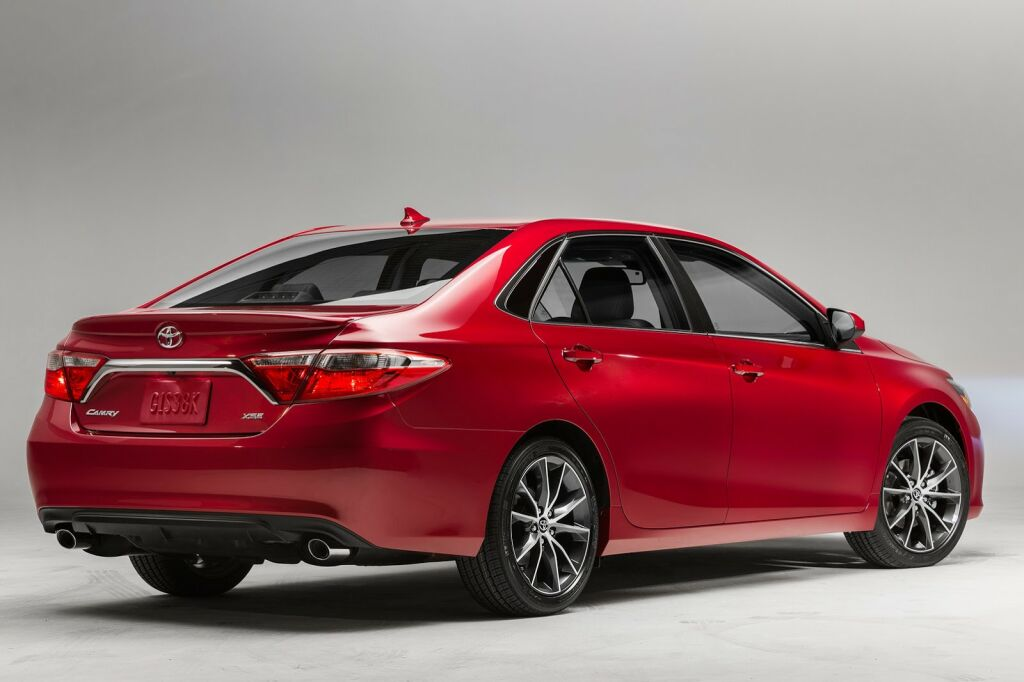 2015 Toyota Camry 2 2015 Toyota Camry details and photos