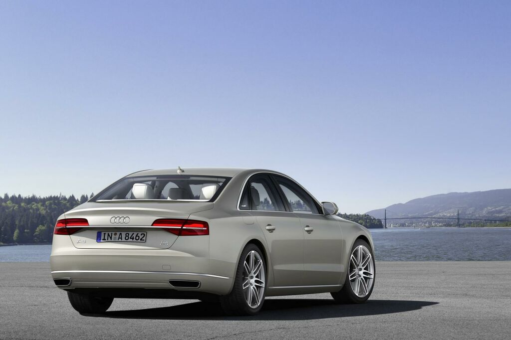 2015 Audi A8 6 Audi announces the price of 2015 A8
