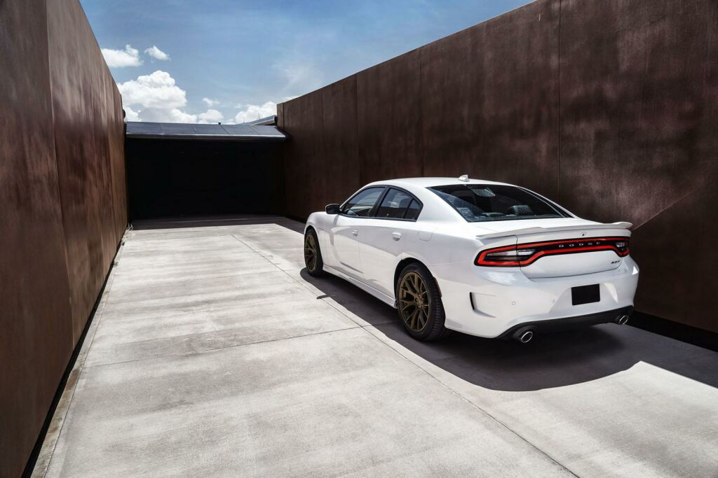 2015 Dodge Charger SRT Hellcat 5 Dodge unveils the mighty '2015 Charger SRT Hellcat'