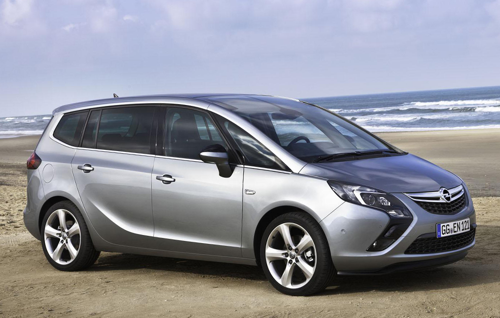 2015 Opel Zafira Tourer 1 Opel launches 2015 Zarifa Tourer with new engine