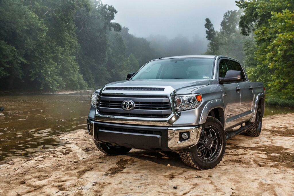 2015 Tundra Bass Pro Shops Off Road Edition 1 Toyota and Bass Pro launches 2015 Special Tundra Edition
