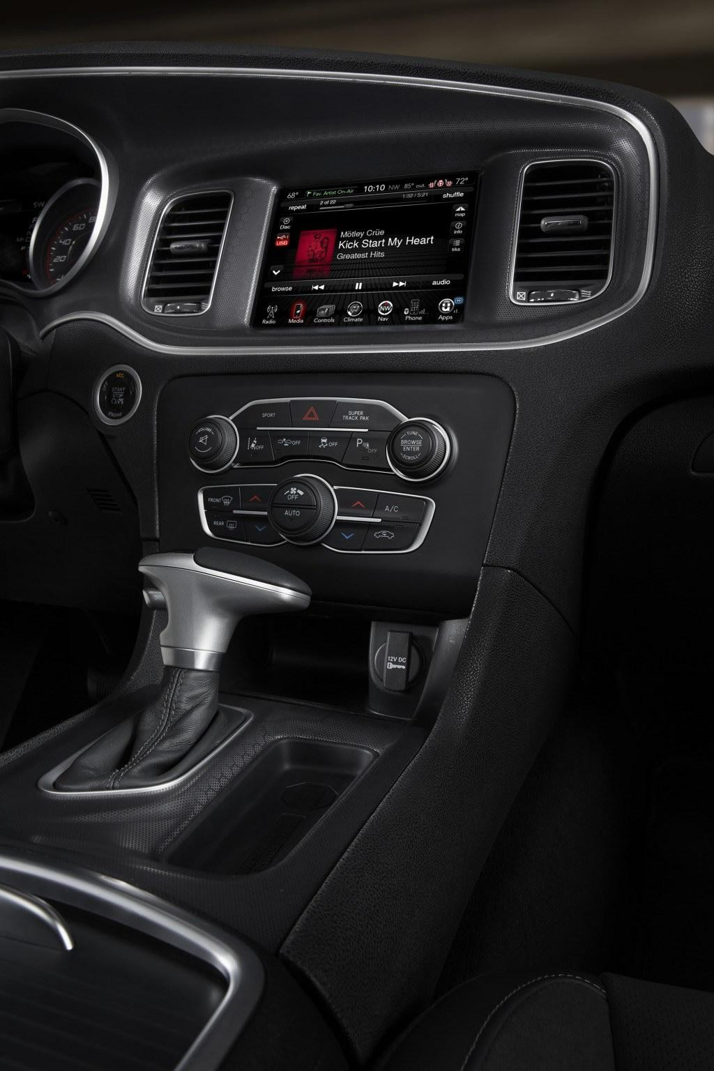 2015 dodge charger srt hellcat to be priced around usd. Black Bedroom Furniture Sets. Home Design Ideas