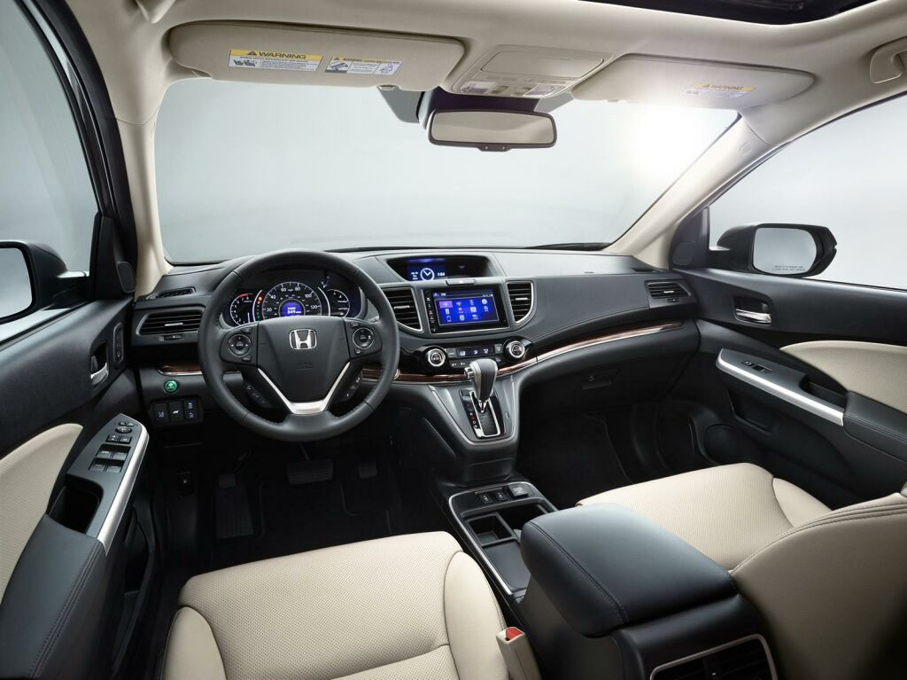 2015 Honda CR V facelift Interior 3 Honda spices up the CR V for 2015