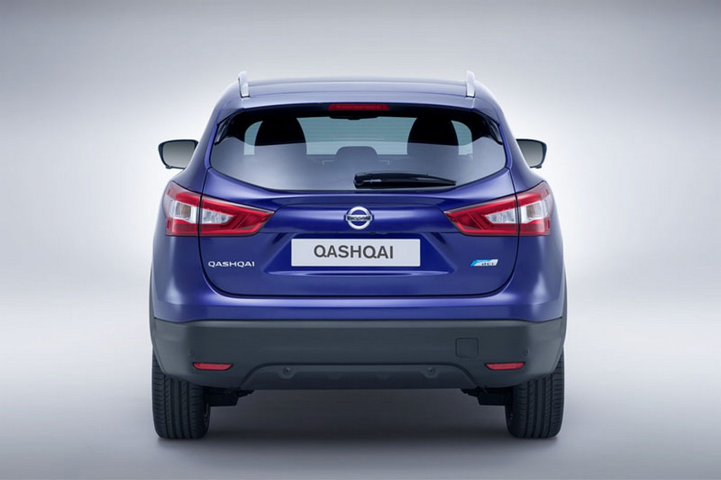 2015 Nissan Qashqai 8 Nissan updates the 'Qashqai' for 2015 model year