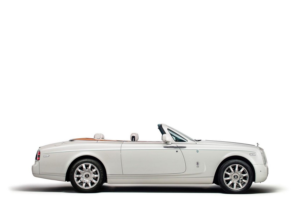 Rolls Royce Maharaja Phantom Drophead Coupe 1 Rolls Royce rolls out the 'Maharaja' in Dubai