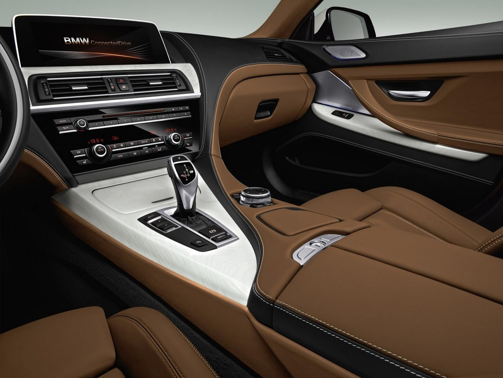 2015 BMW M6 Coupe Interior 2 2015 BMW M6 Coupe Features and details