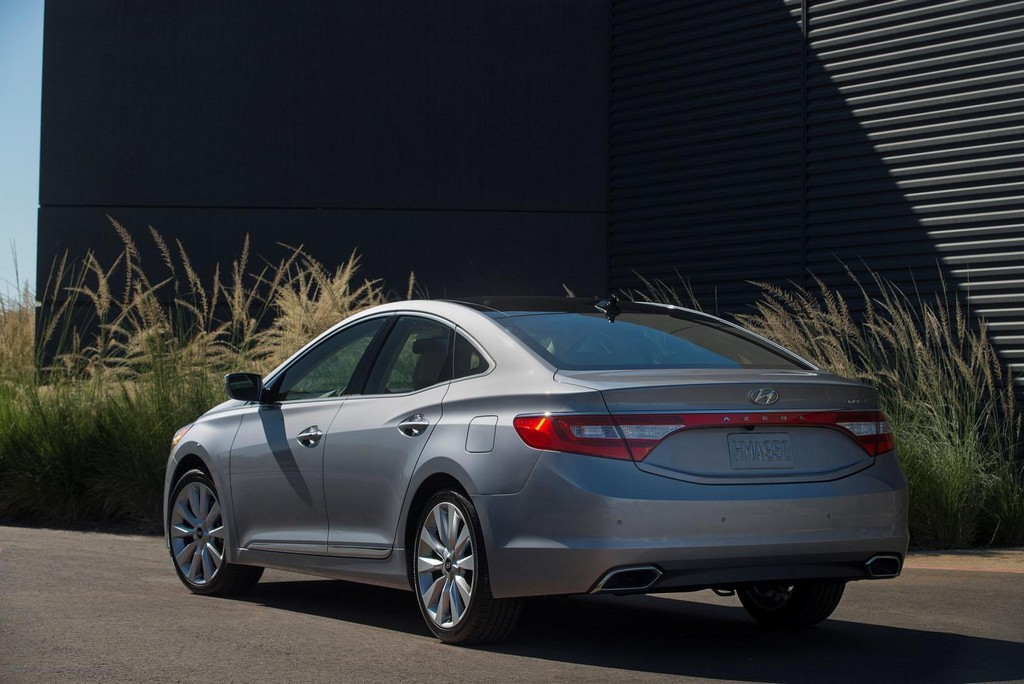 2015 Hyundai Azera 6 2015 Hyundai Azera facelift features and details