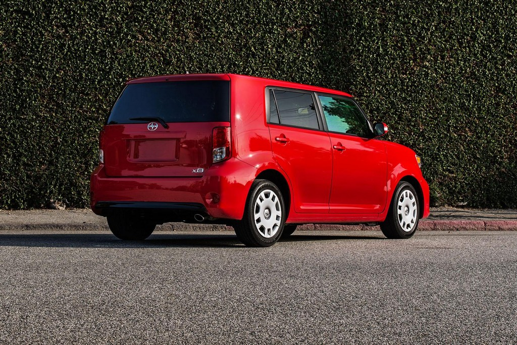 2015 Scion XB 6 2015 Scion XB with Minor Changes