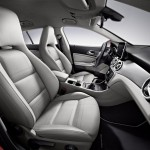 2016 Mercedes-Benz CLA Shooting Brake Interior (4)