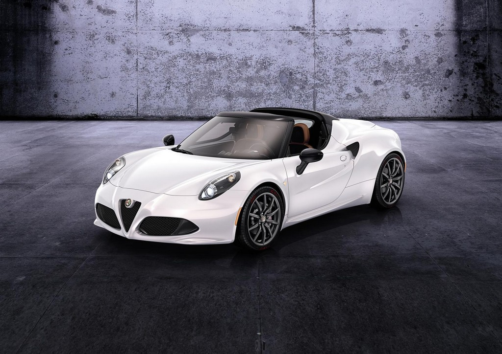 2015 Alfa Romeo 4C Spider 1 2015 Alfa Romeo 4C Spider features and details