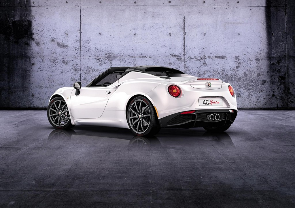 2015 Alfa Romeo 4C Spider 6 2015 Alfa Romeo 4C Spider features and details