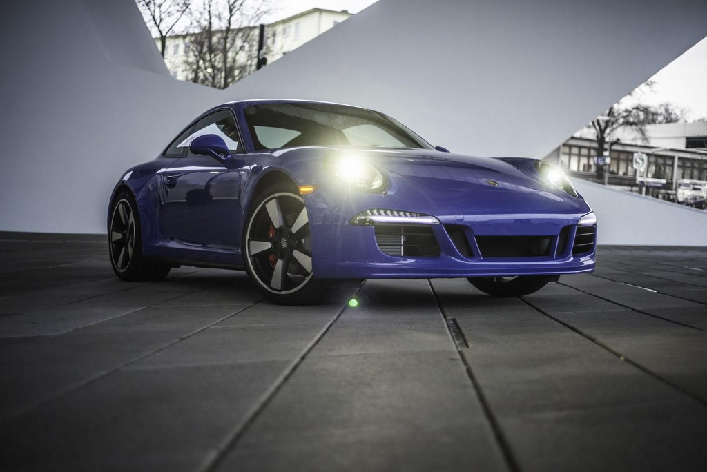 2015 Porsche 911 GTS Club Coupe 1 2015 Porsche 911 GTS Club Coupe details