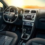 2015 Volkswagen Polo Lounge (2)